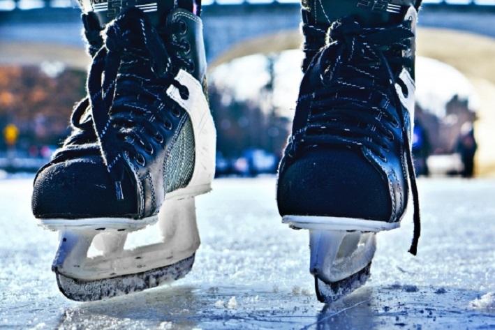 В Тольятти девушка украла у хоккеиста сумку с амуницией