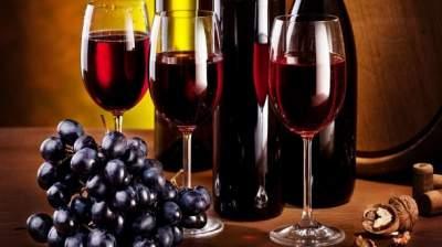 Назван алкогольный напиток, который может защитить от деменции