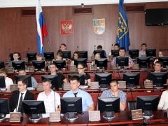 Тольяттинцев от 14 до 30 зовут в Думу