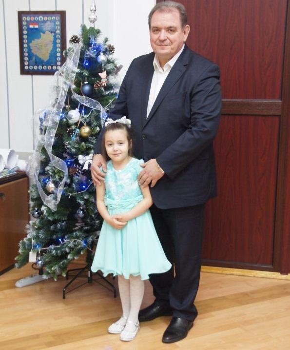 Глава Тольятти Сергей Анташев исполнил заветное желание шестилетней тольяттинки