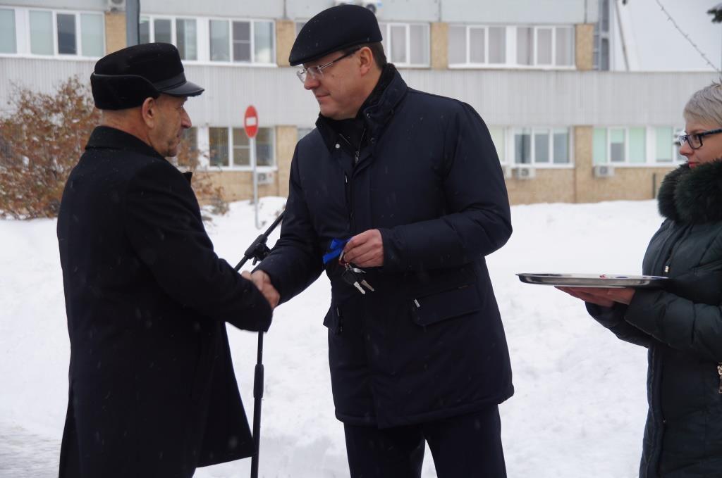 Тольяттинская «Скорая помощь» получила 5 новых спецавтомобилей